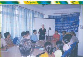 Ms. Jessica Kraft, Coordinator of RATNEI, IHO-USA, discussing HIV/AIDS related issues with the participants of level-II training program at the IHO training hall in Patna