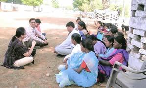 Pramila Vivek training village women in the JEENA Project
